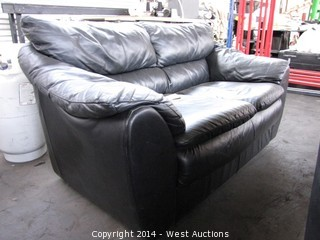 4' Black Leather Love Seat