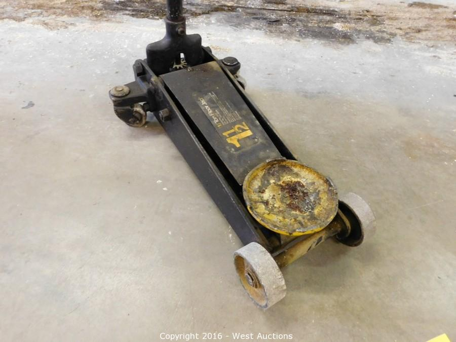 West auctions auction complete liquidation of scheiber for 1 5 ton floor jack