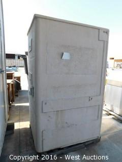 "42""x49""x82"" Enclosed Shower Pan"
