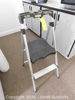 Gorilla Ladders Aluminum Stepladder