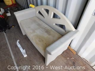 4.5' Resin Outdoor Bench