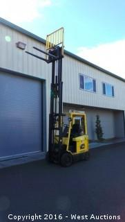 Hyster E50XM 5,000 lb Capacity Electric Forklift (Battery Not Included)