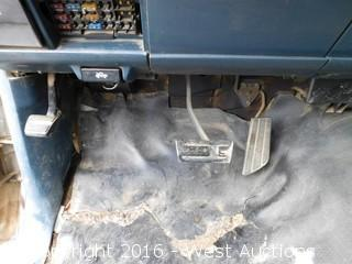 1992 GMC 3500 Sierra Utility Truck