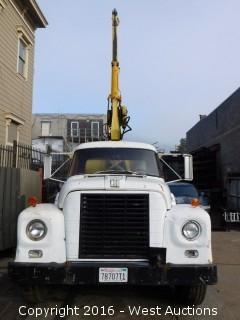 1966 International Loadstar 1600 Crane Truck