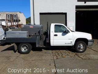 2004 Chevrolet Silverado 3500 with Custom Flatbed and Lincoln Electric Welder