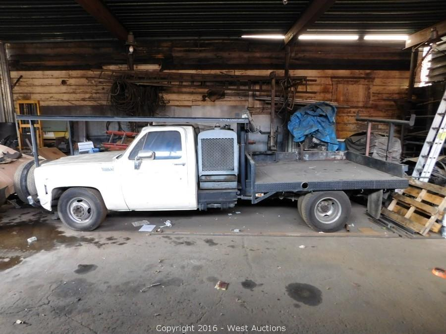 Bankruptcy Auction of Crane Truck and Flatbed Trucks with Welders