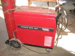 Lincoln Ranger 6x7, Power MIG 255 Welder <br /><br />