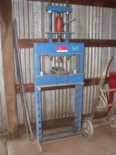 25 Ton Hydraulic Press