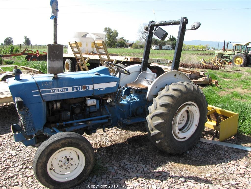 2600 Ford Tractor Specifications : Ford tractor bing images