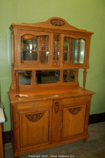 French Oak Art Deco Hutch