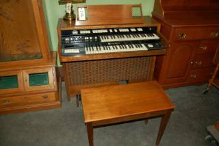 Hammond Organ with Stool