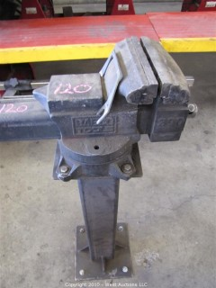 BABCO Tool Metal Vise Clamp on Stand