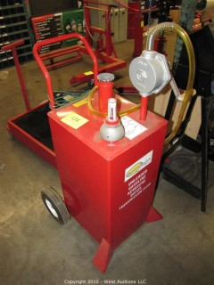 30 Gallon Metal Gas Caddy w/Hand Pump