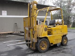 CAT V60B 6,000 lbs Dual Fuel Forklift