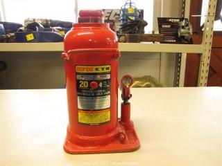 Norco 20 Ton Hydraulic Axle Jack