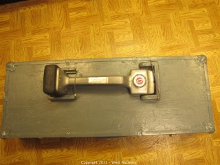 Carpet Stretcher with Knee Kicker