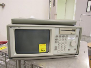 HP 1650B Logic Analyzer