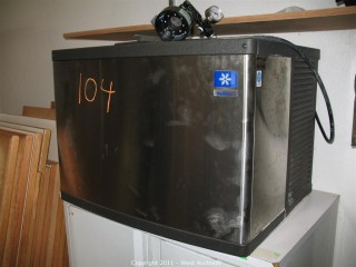 2004 Manitowoc Ice Maker - Model: QY0454A