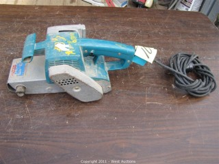 "Makita 9924D8 - 3"" Belt Sander"