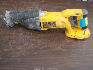 DeWalt DC385 Cordless Variable Speed Reciprocating Saw