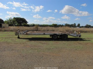1977 Eager Beaver 25' Equipment Trailer