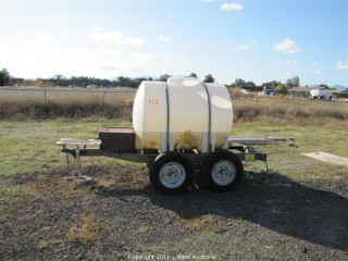 525 Gallon Water Tank Trailer