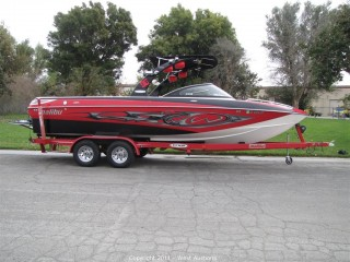 2006 Malibu Wakesetter 247 LSV and 2006 Extreme Custom Cushion Trailer