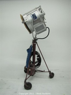 CMC 20KW Halogen Tungsten Lamp on Mole Richardson Molevator with Cable and Scrims