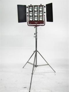 Mole Richardson Type 5541 Molequartz Nine Light Molefay on Junior Combo Stand