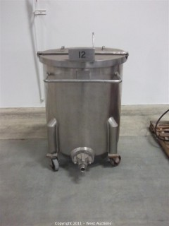 Lifetyme 100 Gallon Stainless Steel Tank on Wheels
