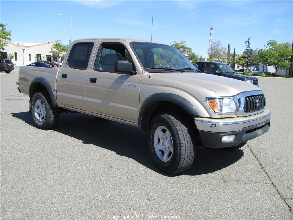west auctions auction 2004 toyota tacoma prerunner. Black Bedroom Furniture Sets. Home Design Ideas