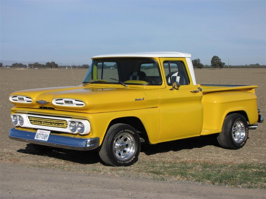 Custom Pickup - 1961 Chevrolet Apache 10 Stepside