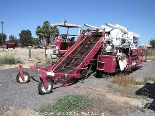 1985 FMC 5600 TE Tomato Harvester