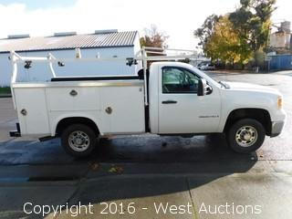 2008 GMC 2500 HD Utility Bed Truck