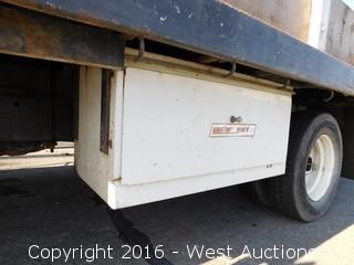 1979 Ford Custom F-350 Flatbed Truck