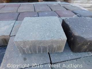 (1) Pallet of  Old World Classic Square Paver - Tahoe Blend
