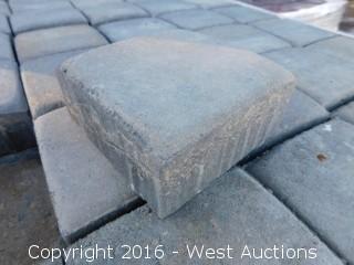 (1) Pallet of Cobble Square Pavers - Tahoe Blend