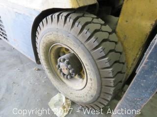 Hyster H25E Forklift