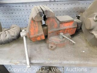 Swivel Bench Top Vise