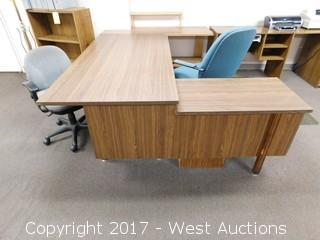 Desk with Return and (2) Desk Chairs