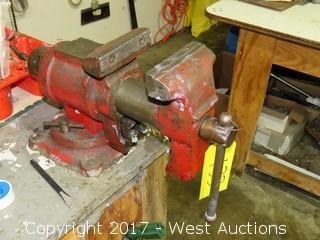 Workbench Multi Purpose Swiveling Vise