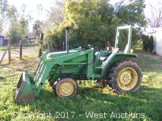 John Deere 870 4x4 Utility Tractor with Front End Loader