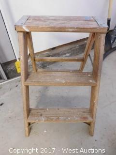 Werner W130-4 Step Ladder