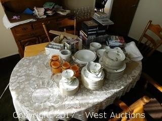 Dining Room Furniture with Sone Fine China Set