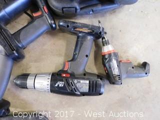 (6) Piece 19 Volt Craftsman Cordless Tool Set