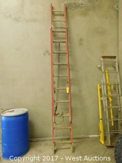 Werner 20' Fiberglass Extension Ladder