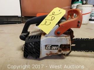 Echo CS-301 Gas Chain Saw