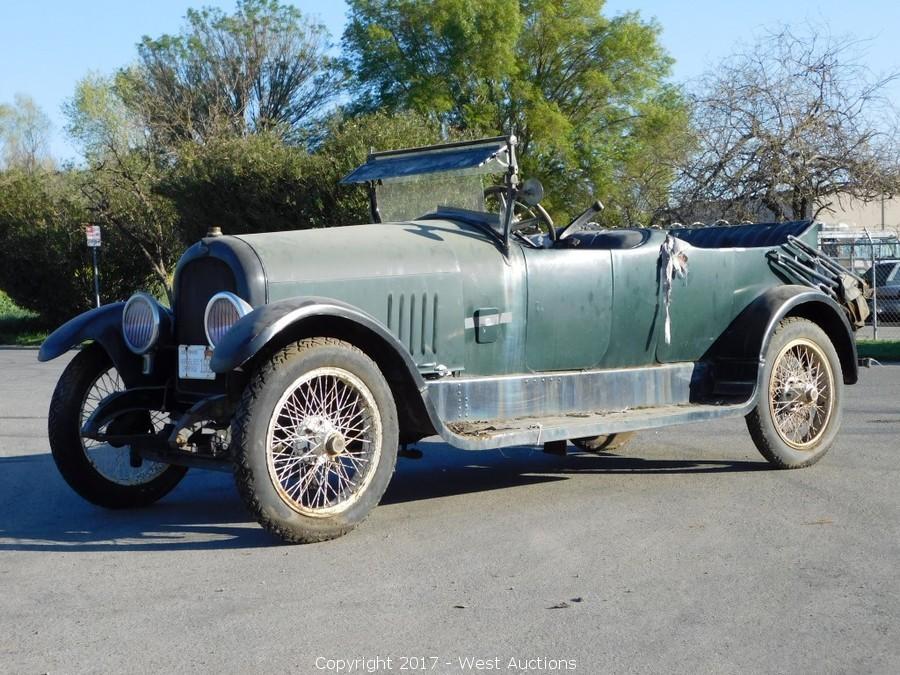 1917 Marmon Model 34 Convertible Sedan