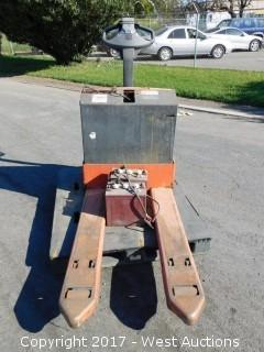 Toyota 4,500 lbs. Capacity Electric Pallet Jack