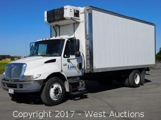 2006 International 4300 TD466 22.5' Refrigerated Box Truck